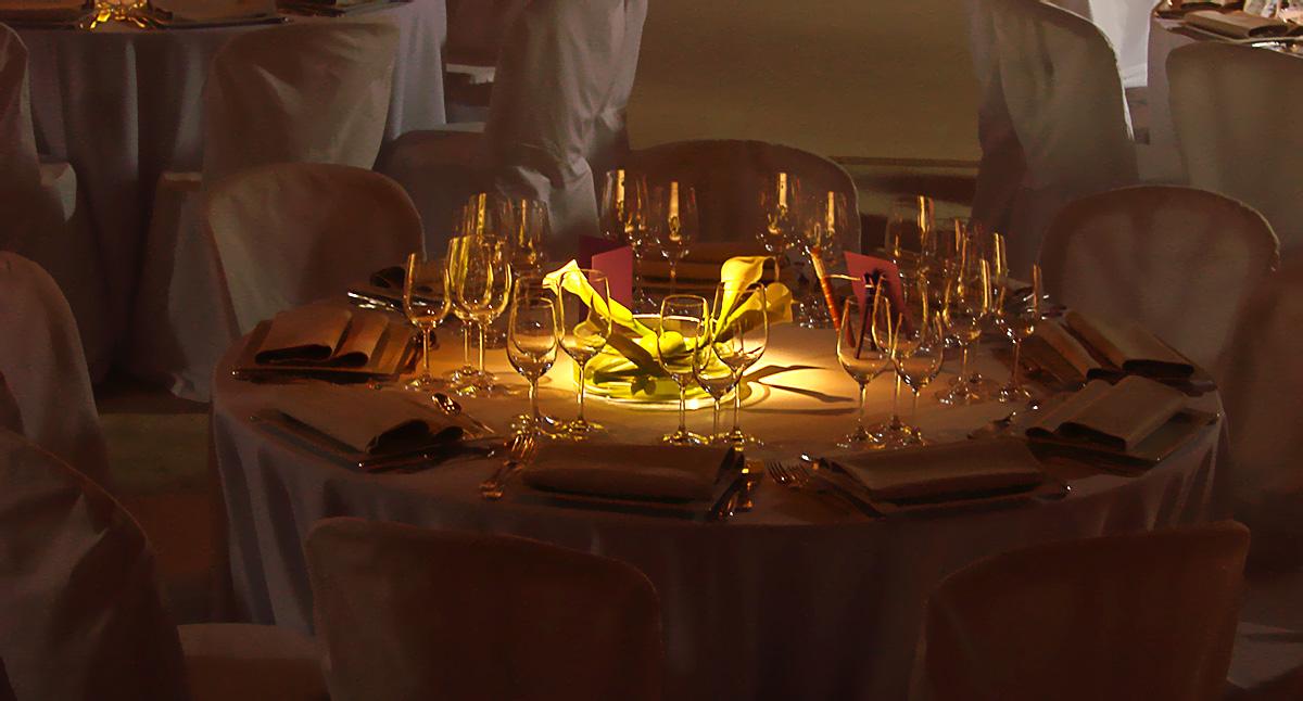 Eclairage centre de table dans un grenier à Roye